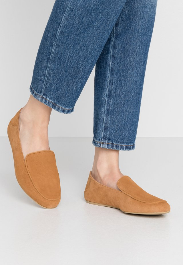DOLCE VITA - Loafers - cognac