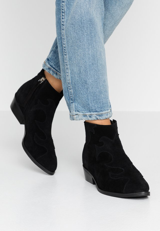 WIDE FIT ONE OF US - Ankle boots - black