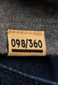 Liger - LIMITED TO 360 PIECES - BUTCHER BILLY - AVIATOR - Print T-shirt - dark heather grey melange - 4