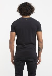 Liger - LIMITED TO 360 PIECES - BUTCHER BILLY - MOBSTER - Print T-shirt - black - 2