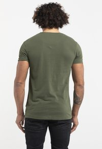 Liger - LIMITED TO 360 PIECES -ZENDER - DEVILS EXPRESS - Print T-shirt - military green
