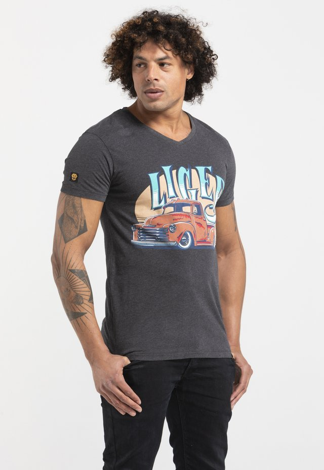 LIMITED TO 360 PIECES - JASPER ANDRIES - PICK UP - Print T-shirt - dark heather grey melange