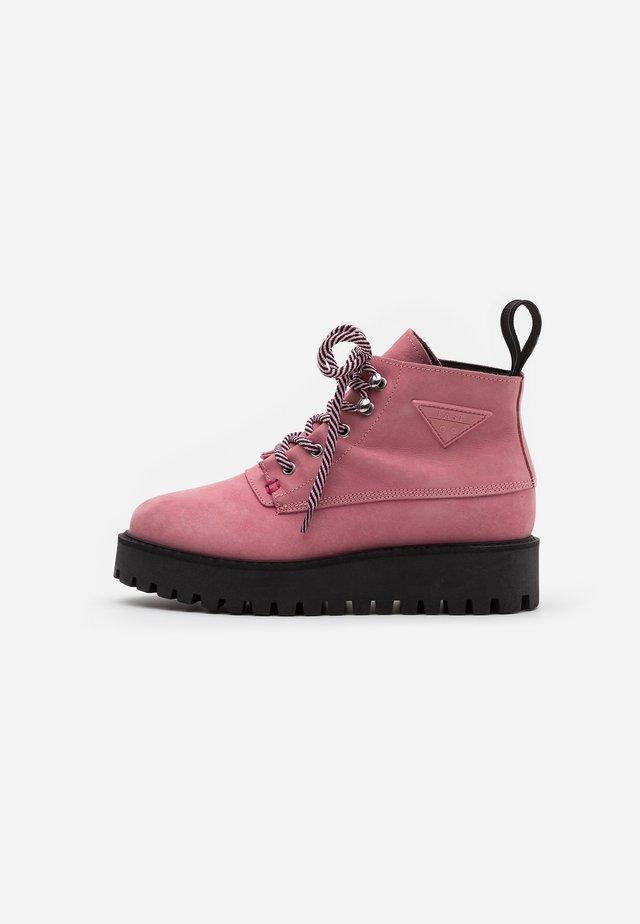 ROCKY - Korte laarzen - pink