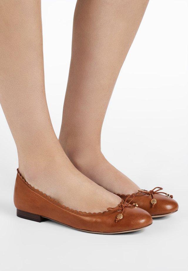 SUPER SOFT GLENNIE - Ballet pumps - deep saddle tan