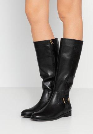 BERNADINE - Støvler - black