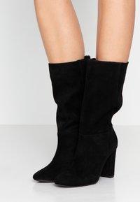 Lauren Ralph Lauren - ARTIZAN - Vysoká obuv - black - 0
