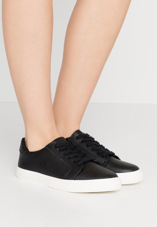 JOSLIN - Sneakersy niskie - black