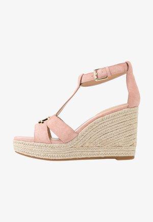 HALE - Sandály na vysokém podpatku - nude