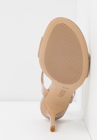 Lauren Ralph Lauren - GWEN - High heeled sandals - nude - 6