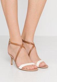 Lauren Ralph Lauren - SUPER SOFT - Sandals - nude/vanilla/deep - 0
