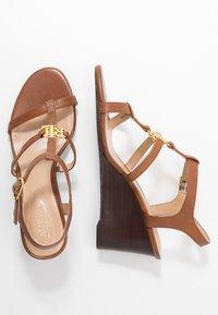Lauren Ralph Lauren - CHARLTON CASUAL WEDGE - Sandales compensées - deep saddle tan - 3
