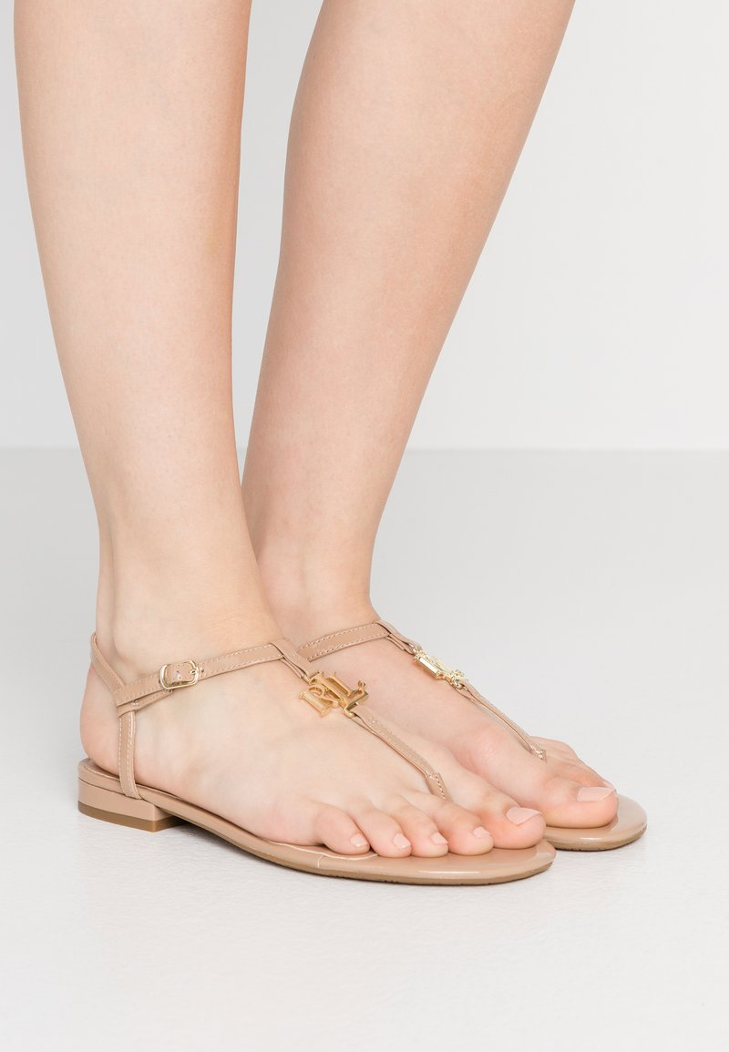 Lauren Ralph Lauren - ELMSTEAD - Sandály s odděleným palcem - nude