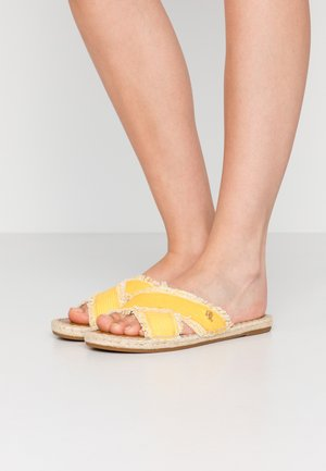 WASHED - Mules - racing yellow