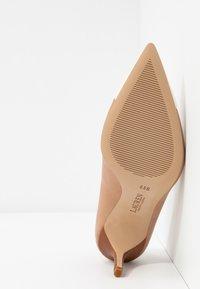 Lauren Ralph Lauren - SUPER SOFT LANETTE - Classic heels - nude/vanilla/deep - 6