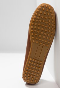 Lauren Ralph Lauren - BRIONY - Slippers - deep saddle tan - 6