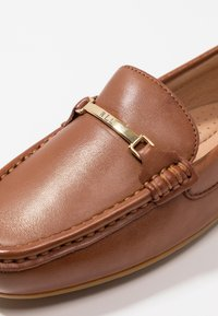 Lauren Ralph Lauren - BRIONY - Slippers - deep saddle tan - 2