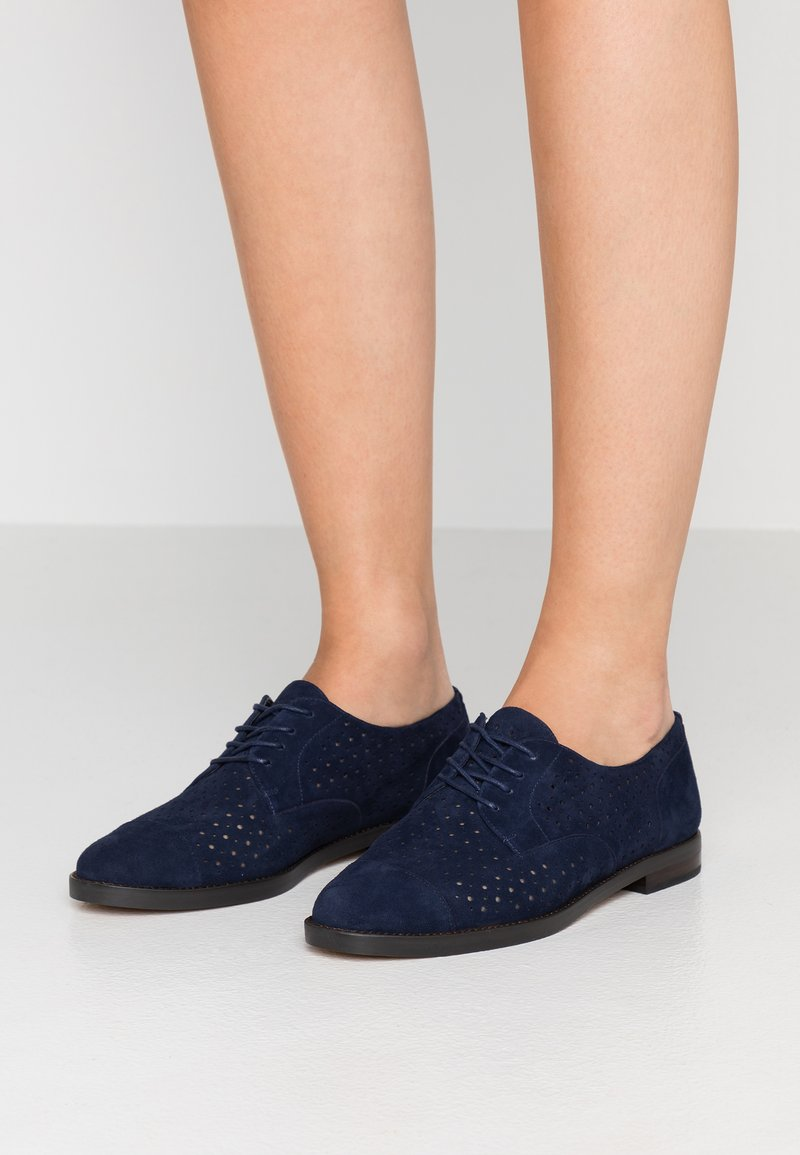 Lauren Ralph Lauren - MARIAN SHOE CASUAL - Lace-ups - dark midnight