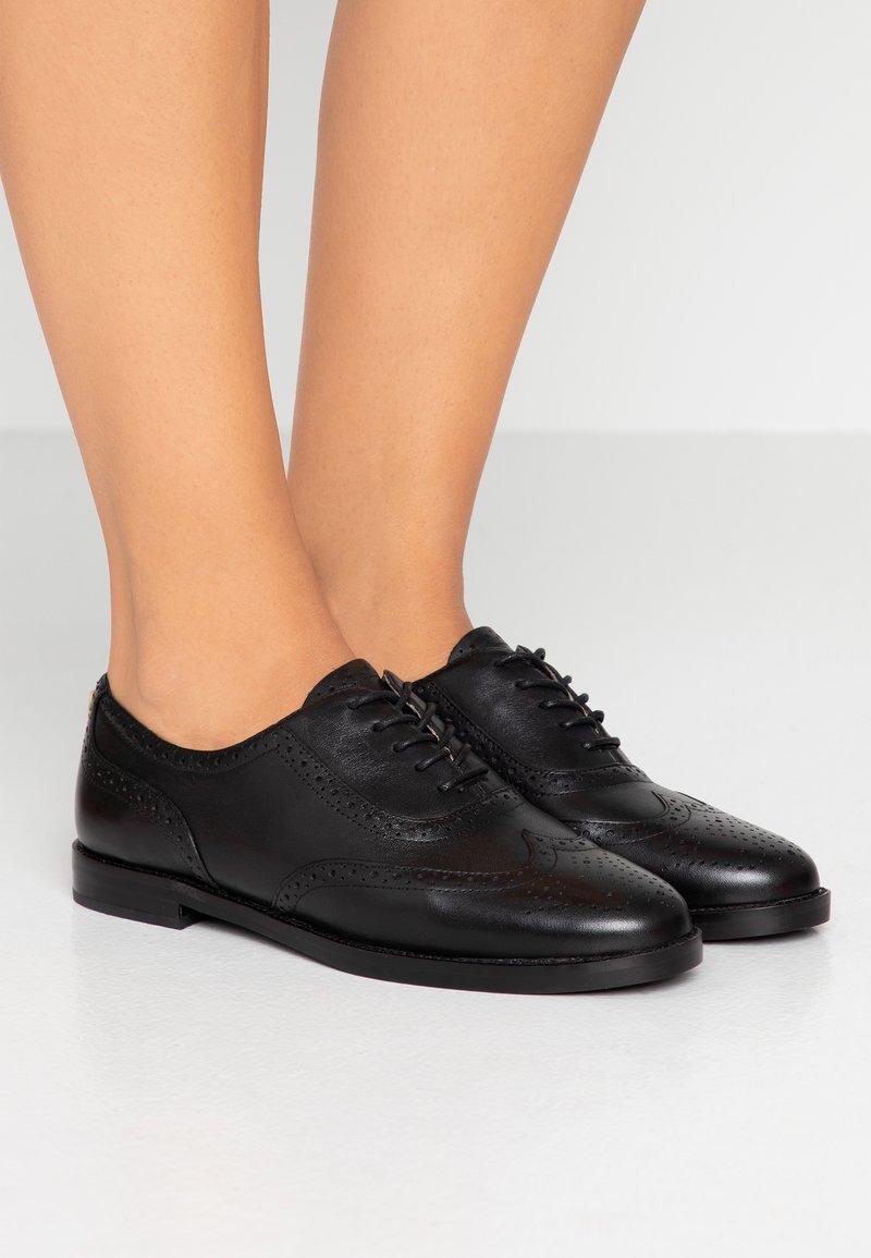Lauren Ralph Lauren - MARLINA - Šněrovací boty - black