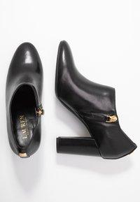 Lauren Ralph Lauren - AUBREE - Klassiska stövletter - black - 3