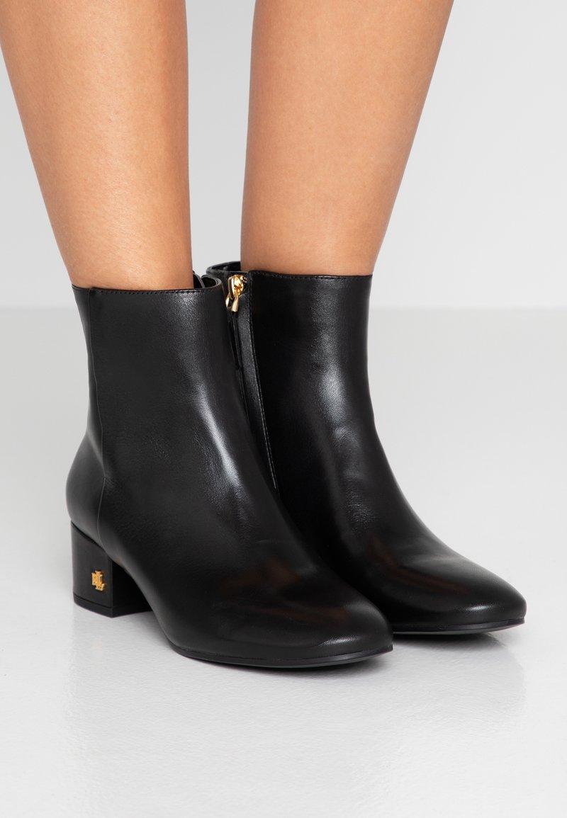 Lauren Ralph Lauren - WELFORD - Støvletter - black