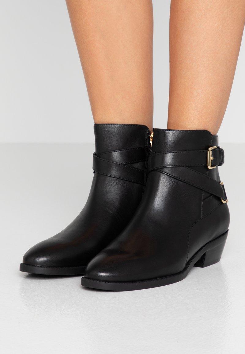 Lauren Ralph Lauren - EGERTON - Cowboy/biker ankle boot - black