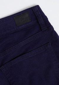 Lauren Ralph Lauren - WASHED PANT - Trousers - navy - 3