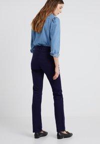 Lauren Ralph Lauren - WASHED PANT - Trousers - navy - 2