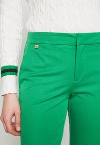 Lauren Ralph Lauren - LYCETTE PANT - Kalhoty - hedge green - 5