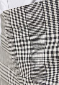 Lauren Ralph Lauren - SUITING PANT - Pantalones - black/white - 5