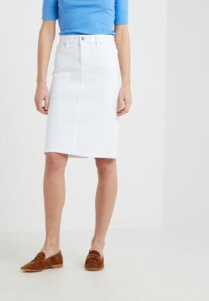 DANIELA STRAIGHT SKIRT - Pouzdrová sukně - white