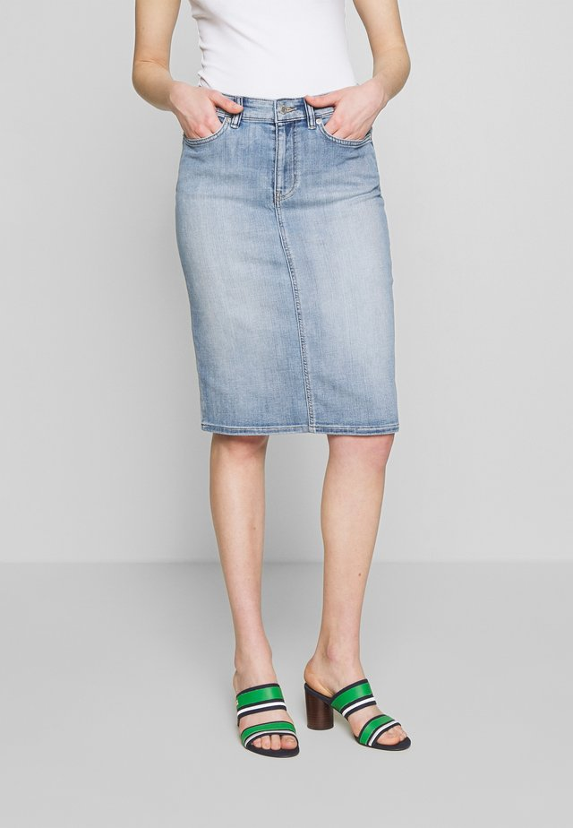 SKIRT - Pencil skirt - indigo haze wash