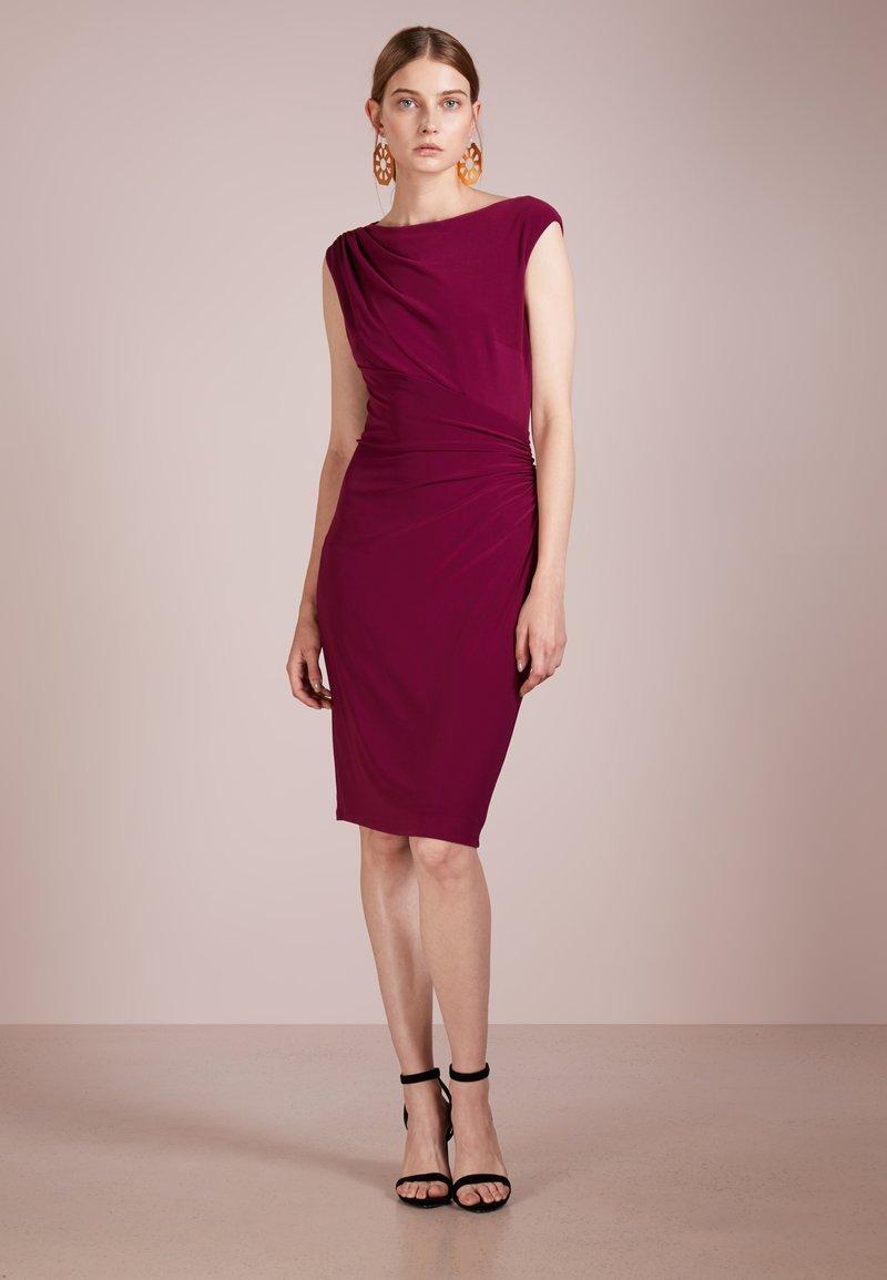 Lauren Ralph Lauren - Robe fourreau - exotic ruby