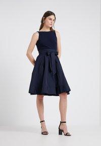 Lauren Ralph Lauren - Koktejlové šaty/ šaty na párty - marine - 1