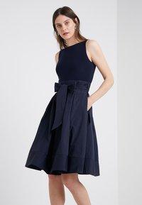 Lauren Ralph Lauren - Koktejlové šaty/ šaty na párty - marine - 0