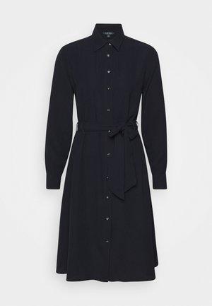 TRIPLE GEORGETTE - Košilové šaty - navy