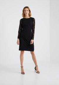 Lauren Ralph Lauren - LUXE TECH KEANU - Žerzejové šaty - black - 1