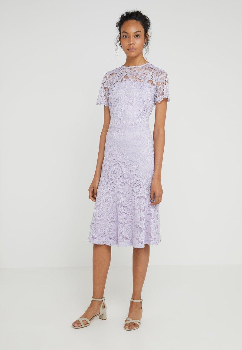 Lauren Ralph Lauren - LOKI SHORT SLEEVE DRESS - Koktejlové šaty/ šaty na párty - fresh orchid