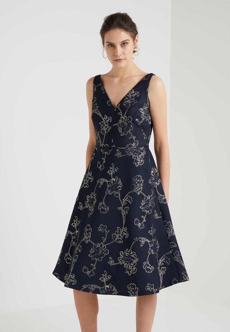 Lauren Ralph Lauren - YOLY SLEEVELESS DRESS - Cocktailkleid/festliches Kleid - navy/gold