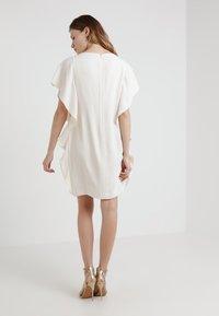 Lauren Ralph Lauren - ELLEE SHORT SLEEVE DAY DRESS - Juhlamekko - cashew - 2