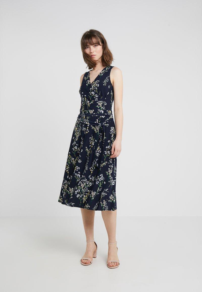 Lauren Ralph Lauren - CARANA SLEEVELESS DAY DRESS - Jersey dress - navy/multi