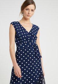Lauren Ralph Lauren - JORI CAP SLEEVE DAY DRESS - Jersey dress - lighthouse navy/colonial cream - 3
