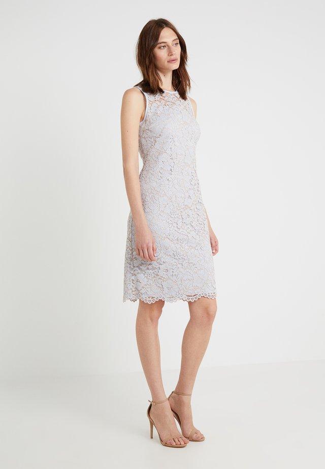 DESSA DAY DRESS - Vestito elegante - whisper blue/tan