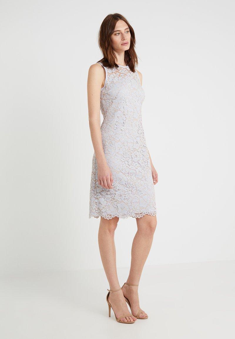 Lauren Ralph Lauren - DESSA DAY DRESS - Vestido de cóctel - whisper blue/tan