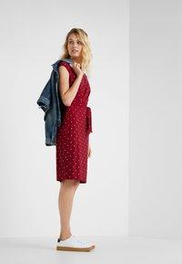 Lauren Ralph Lauren - LOTTI DOT VIMAJA - Jersey dress - bordeaux - 1