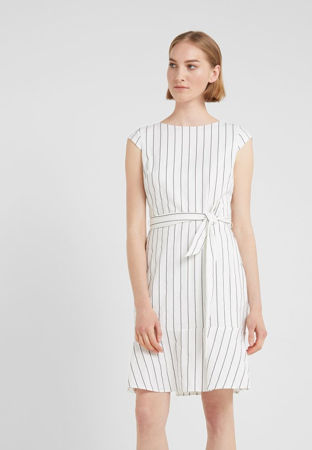 ARELY - Korte jurk - white