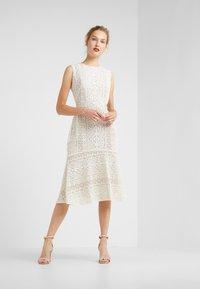 Lauren Ralph Lauren - BANZIA - Korte jurk - ivory - 1