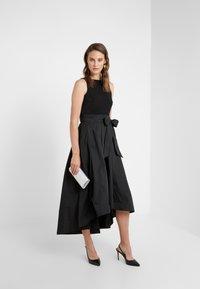 Lauren Ralph Lauren - MEMORY TAFFETA LONG GOWN COMBO - Occasion wear - black - 1