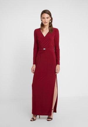Maxi dress - dark raspberry