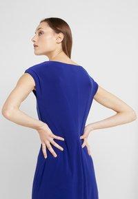 Lauren Ralph Lauren - MID WEIGHT DRESS - Fodralklänning - cannes blue - 4