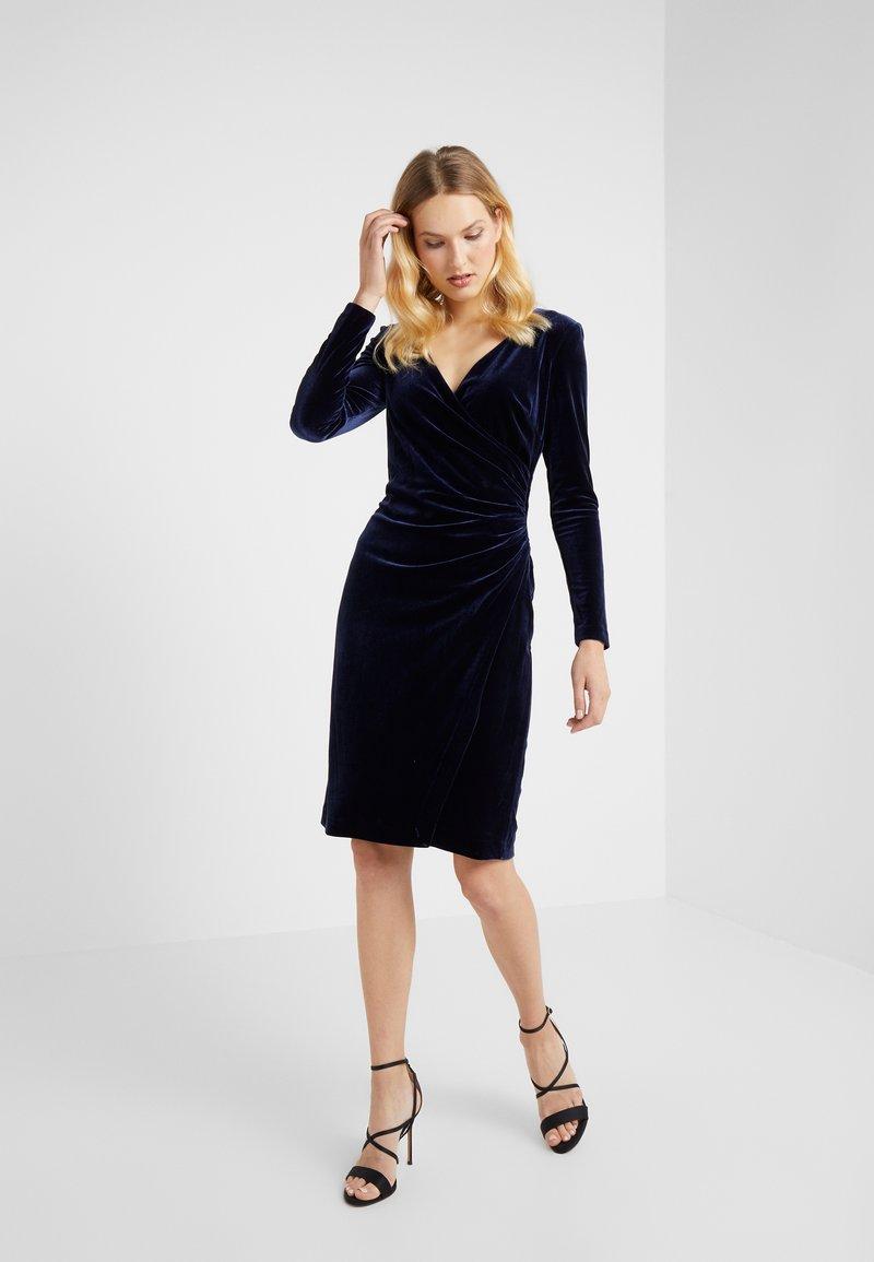 Lauren Ralph Lauren - RADIANT DRESS - Cocktailkleid/festliches Kleid - lighthouse navy